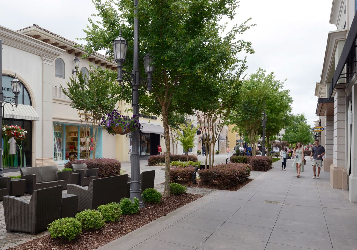 Huntsville, Bridge Street Town Center